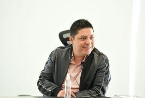 José Ricardo Gallardo Cardona, al anunciar el nombramiento de Edmundo Emmanuel Ríos Jaúregu como próximo Director del Inpode.