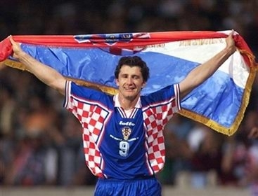 http://www.croatia.org/crown/articles/9965/1/Davor-Suker-to-Hold-Mini-Clinic-for-Charity-in-NYC-May-15-2010.html