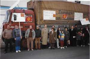 Départ d'un camion humanitaire 2