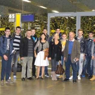 Le groupe à l'aéroport