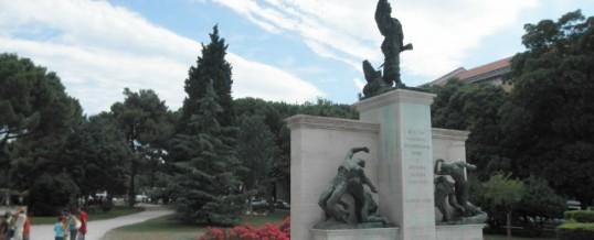 Septembre 2004 :  UN MÉMORIAL EST ENVISAGÉ