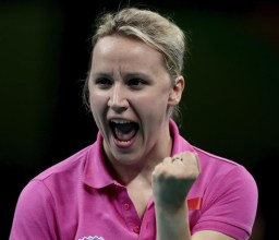 Sandra Paovic MEDAILLE D'OR en tennis de table