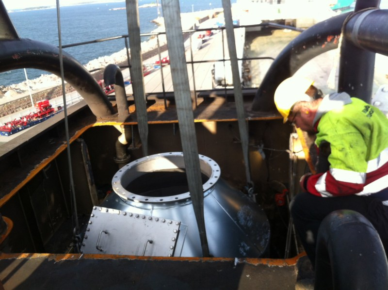 CR Ocean Engineering and SongaShipimanagement