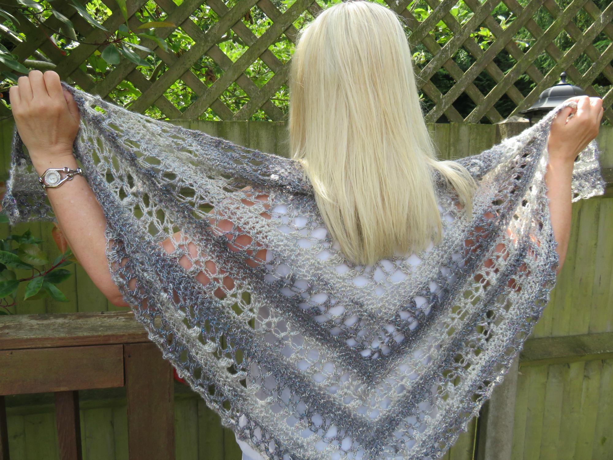 Ocean Kiss Summer Shawl Crochet Pattern
