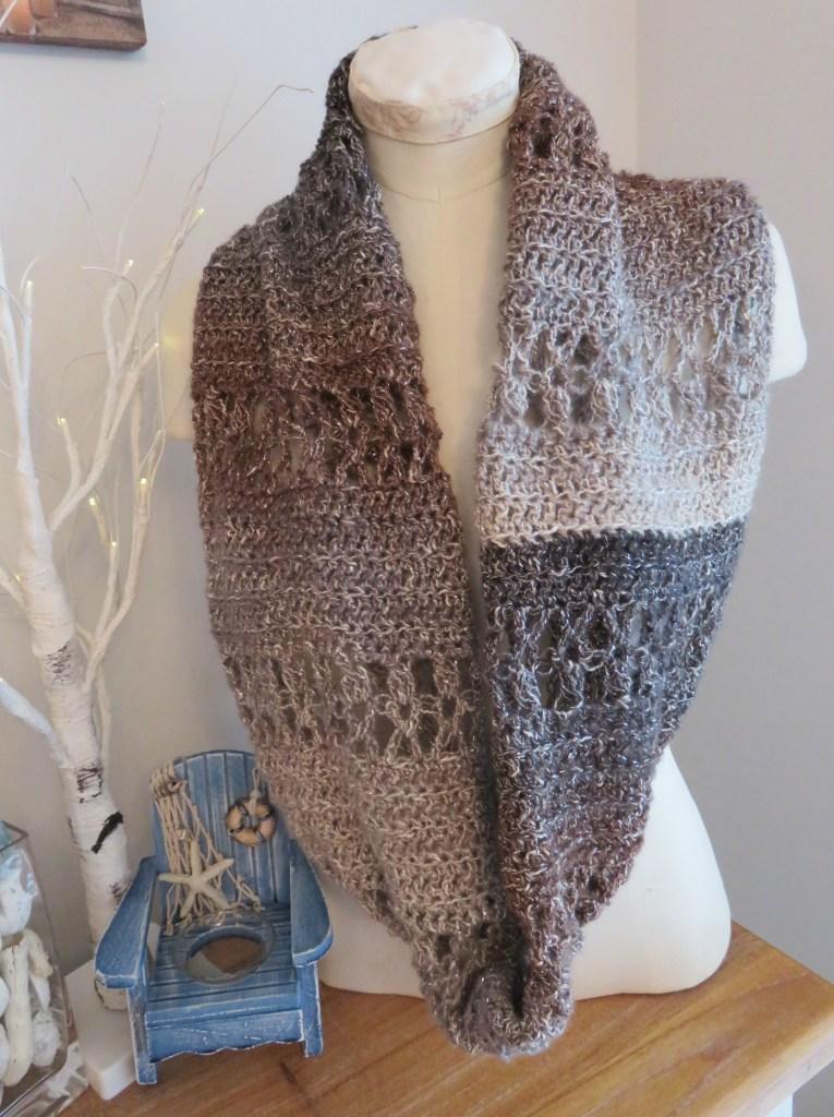 Ocean Kiss Cowl from Crochet247