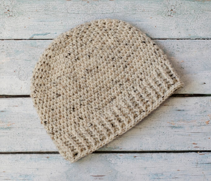 Love this Free crochet men's beanie pattern! Free Salt of the Earth Men's Crochet Hat Pattern