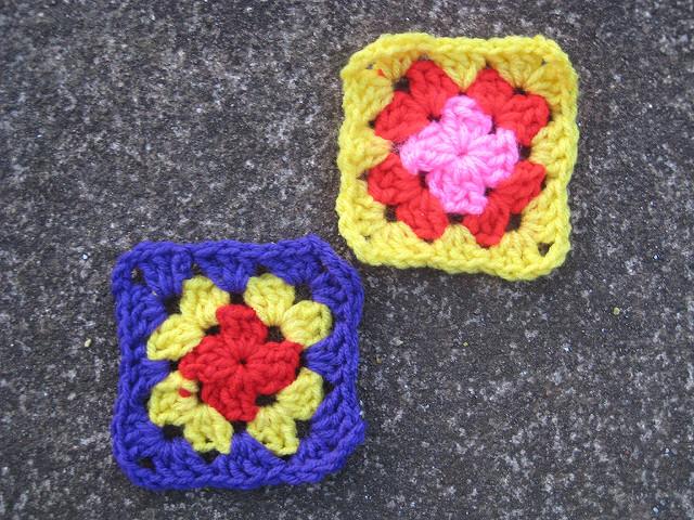 two three-round crochet granny squares