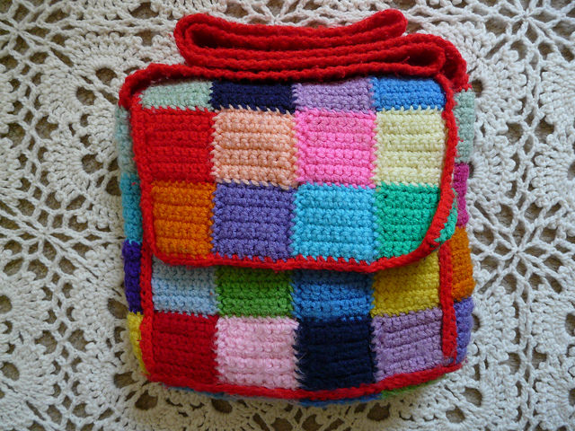 crochet messenger bag, crochetbug, crochet squares, crochet blocks, crochet bag, crochet purse, multicolor crochet