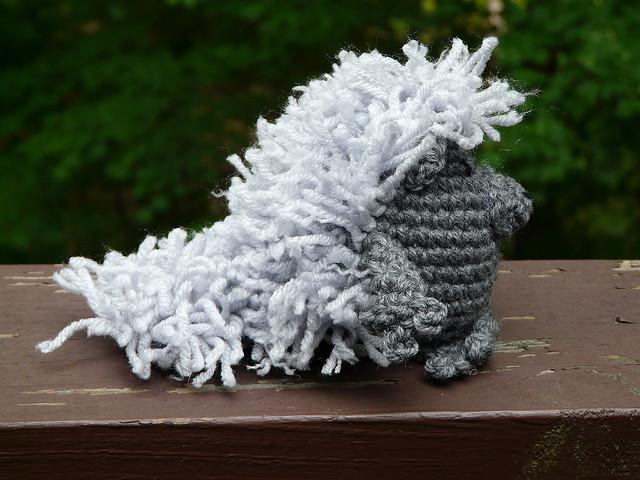 Henri the amigurumi porcupine