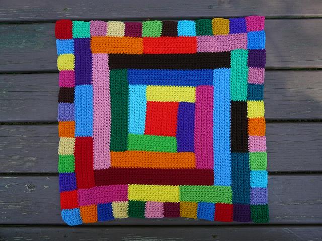 central crochet quilt block