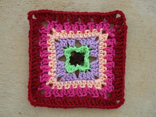 crochet square H-2