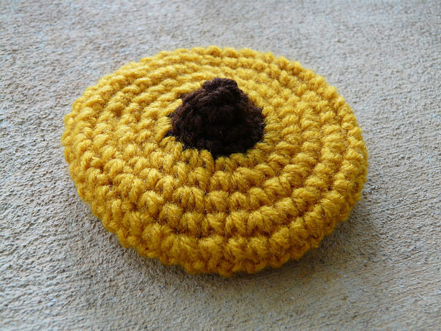 peanut blossom crochet cookie