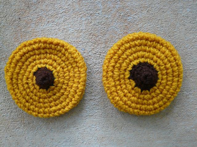 two peanut blossom crochet cookies