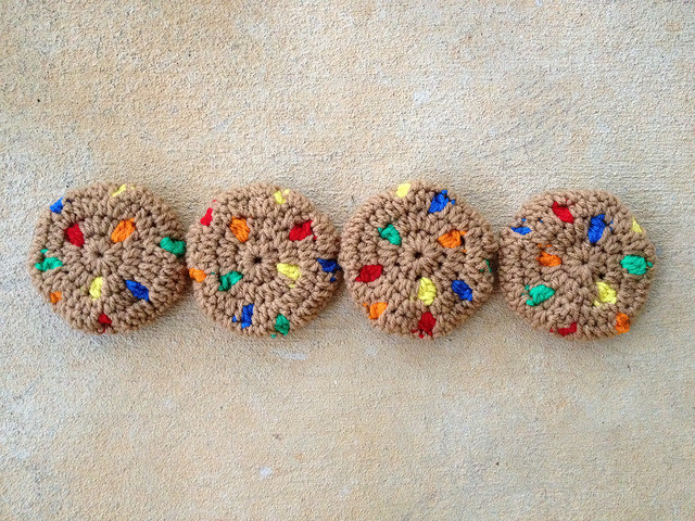 four crochet cookies