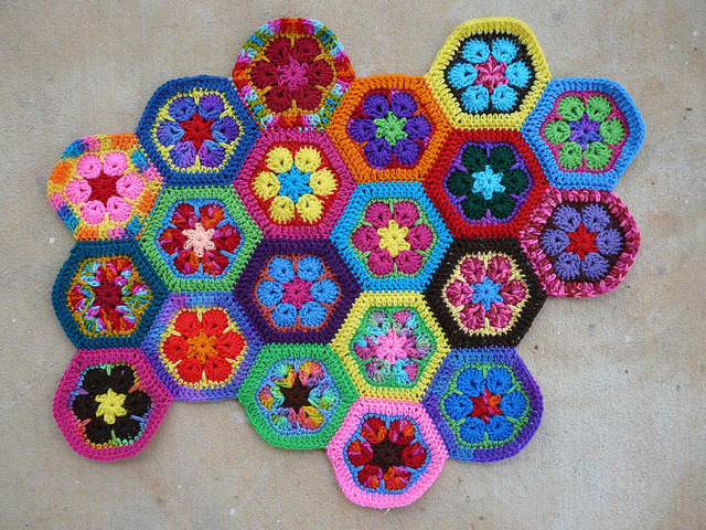 crochet hexagon meditation