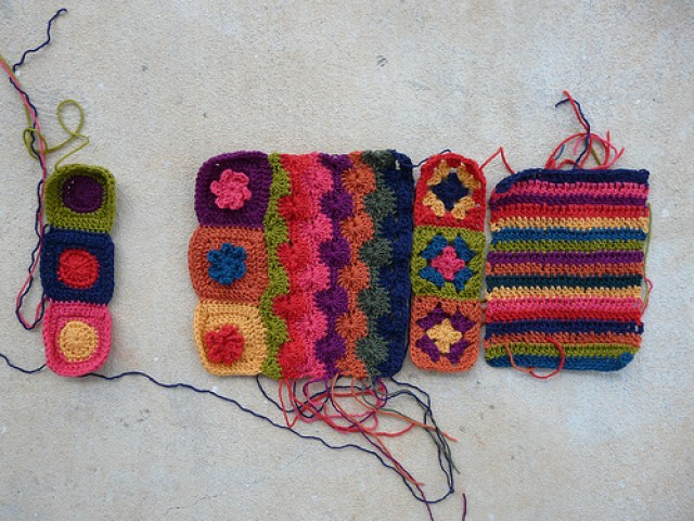 crochetbug, crochet circles, crochet squares, crochet flowers, crochet stripes, crochet wheels, granny squares