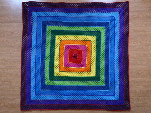 crochetbug, crochet square, concentric squares, crochet squares, granny square, rainbow is a color
