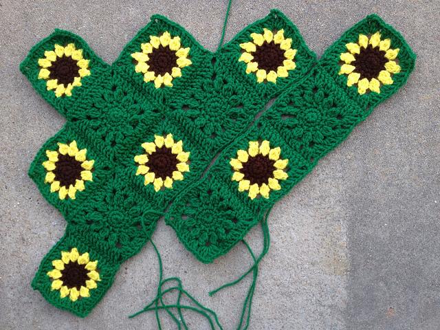 sunflower crochet throw