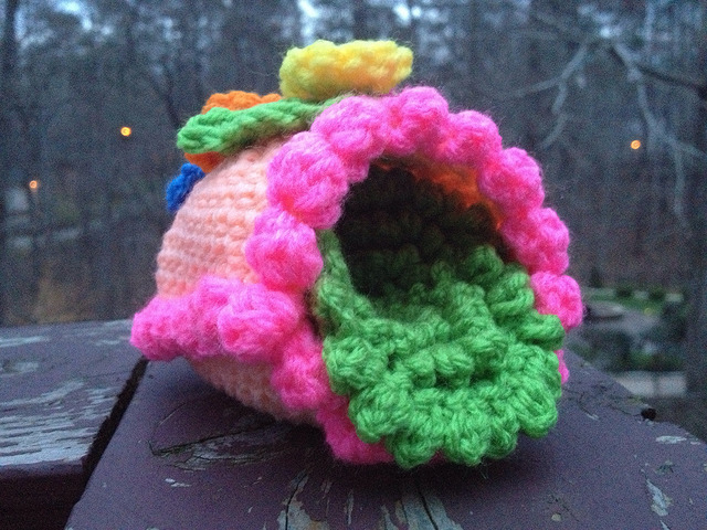 crochet panorama egg