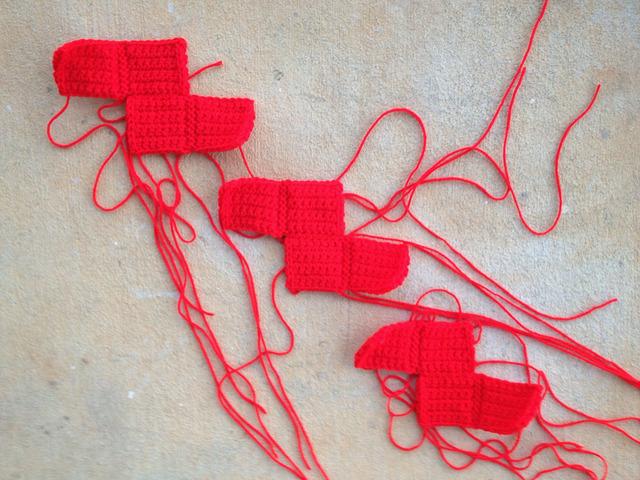 red hot crochet tetrominos
