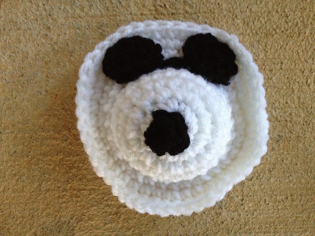 crochet Snoopy face