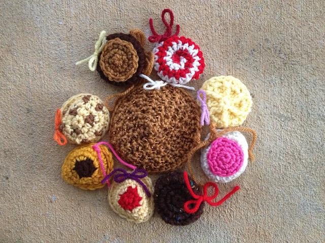 crochet cookie motif