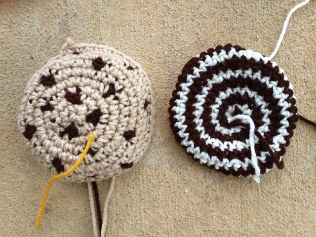 crochetbug, crochet cookies, crochet circles, crochet blanket, crochet throw, crochet afghan