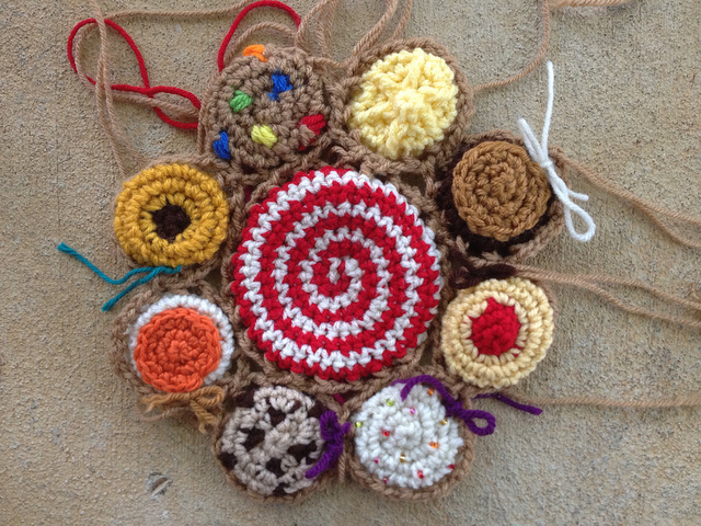 crochet cookie motif