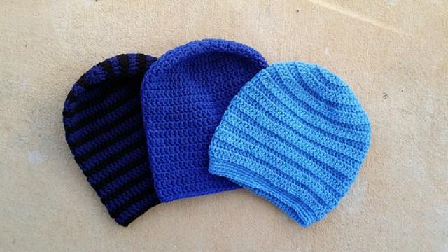 blue crochet hats, crochetbug, blue crochet beanies, blue crochet toboggans, textured crochet