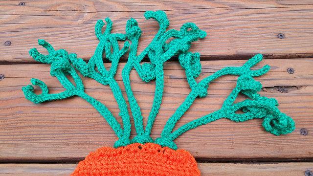 crochet carrot top secured