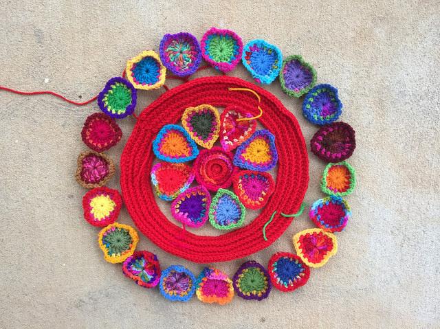crochet hearts form a crochet circle, crochetbug, crochet mandala, crochet hearts, crochet circles, crochet motifs