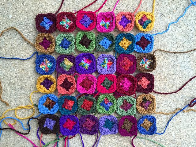 two-round crochet granny squares