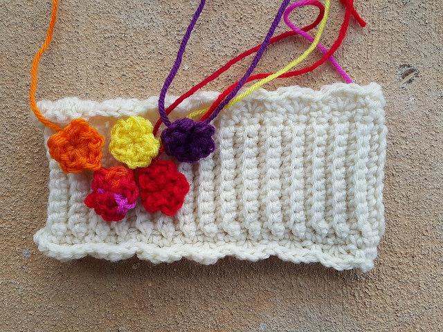 crochet flowers for a crochet ear warmer