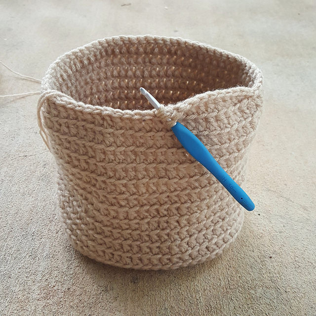 future crochet face purse
