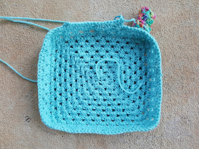 A future solid color crochet lunchbox
