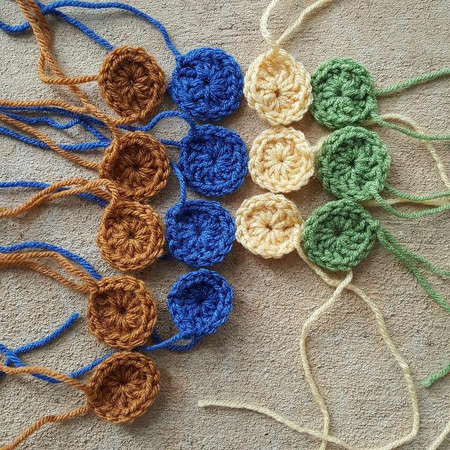 one-round crochet granny squares