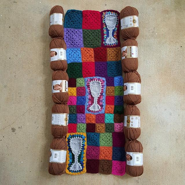 toffee yarn for a crochet frame