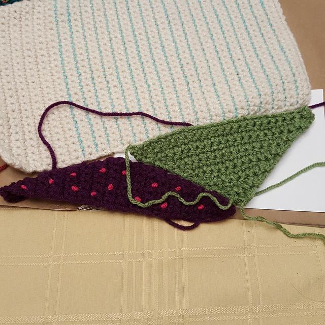 crochetbug, crochet triangle, crochet crazy quilt piece, crochet piece, crochet triangle