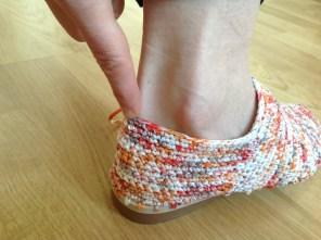 Calcai cizme crosetate 2