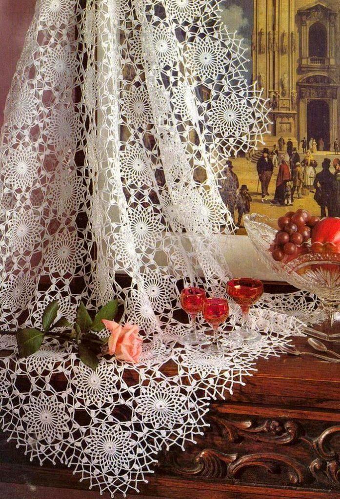Crochet Tablecloths ⋆ Crochet Kingdom 17 Free Crochet