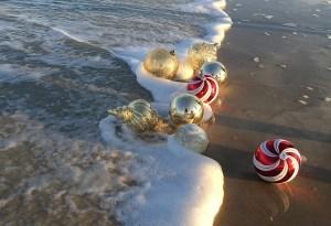 palline natale spiaggia
