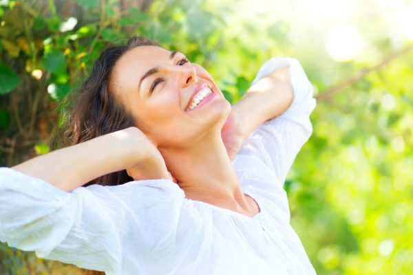 8 simple tips for healthier teeth and gums