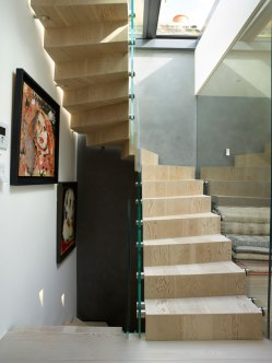 Chelsea SW3 Floating Concrete Stairs