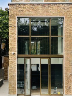Double-height-entrance-2