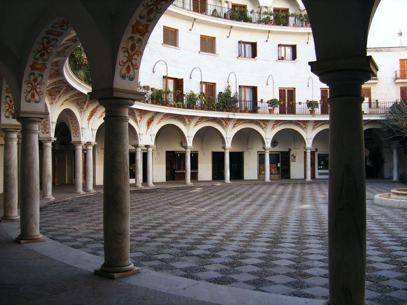 plaza-del-cabildo-sevilla