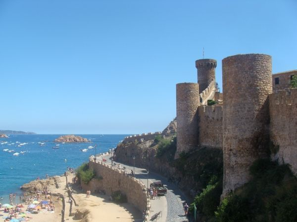 Tossa-de-Mar-torre-de-can-magi