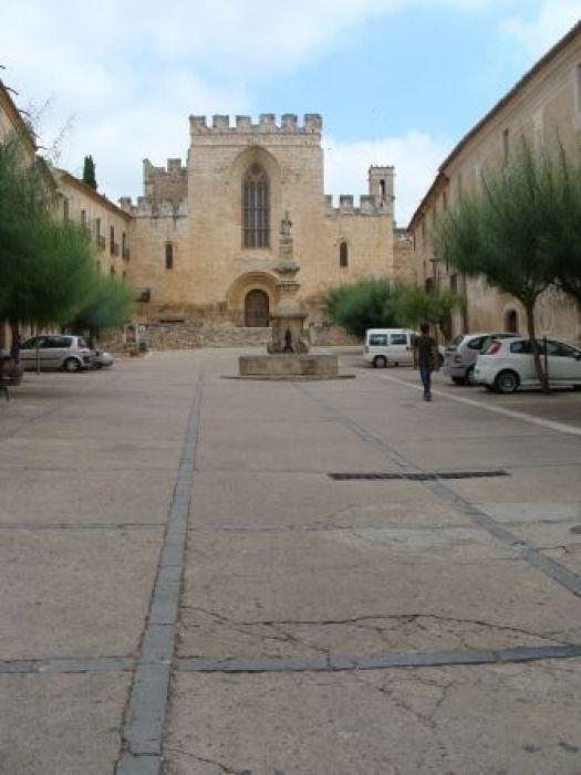 Fachada del Monasterio de Santes Creus.