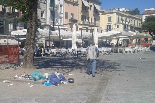 I rifiuti in piazza