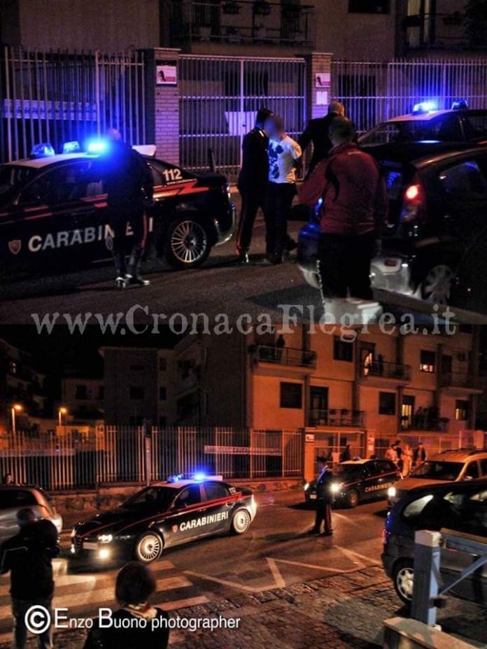 I tre arrestati dai carabinieri (foto di Enzo Buono)