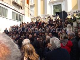 La folla che ha gremito la chiesa
